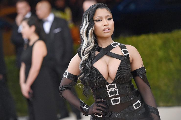 "Nicki Minaj attends the ""Manus x Machina: Fashion In An Age Of Technology"" Costume Institute Gala at Metropolitan Museum of Art on May 2, 2016 in New York City."