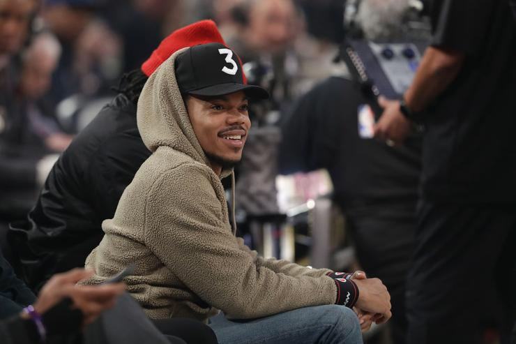 Chance The Rapper sitting court side during the 2017 Verizon Slam Dunk Contest at Smoothie King Center on February 18, 2017 in New Orleans, Louisiana.