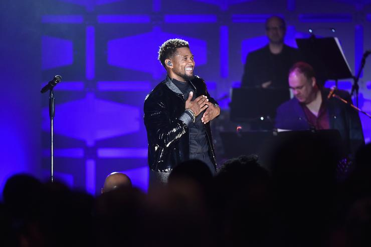 Usher performs onstage at the Songwriters Hall Of Fame 48th Annual Induction and Awards at New York Marriott Marquis Hotel on June 15, 2017 in New York City