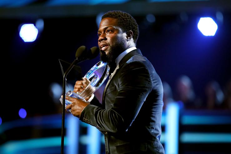 Actor Kevin Hart accepts the Favorite Comedic Movie Actor award onstage during the People's Choice Awards 2017 at Microsoft Theater on January 18, 2017 in Los Angeles, California.