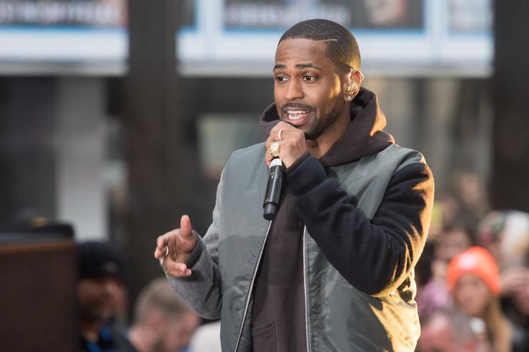 Big Sean performs on NBC's 'Today' at NBC's TODAY Show on November 18, 2015 in New York.