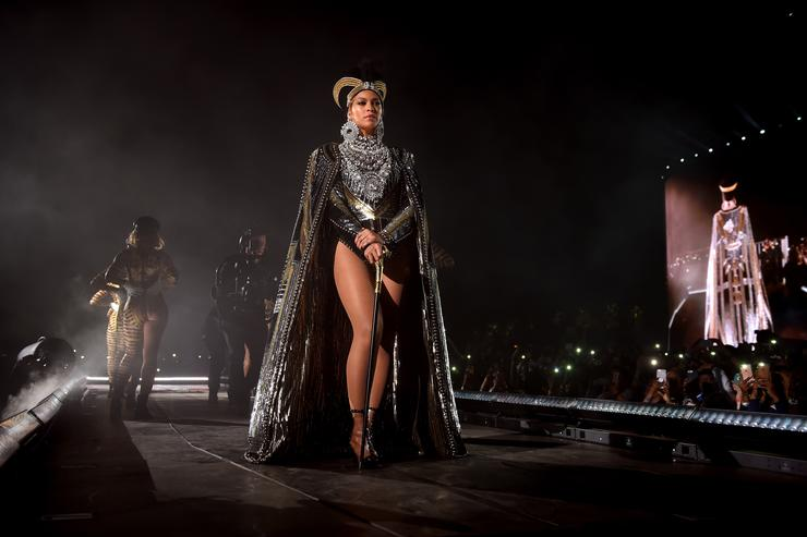Beyoncé slays Coachella: See the best Twitter reactions