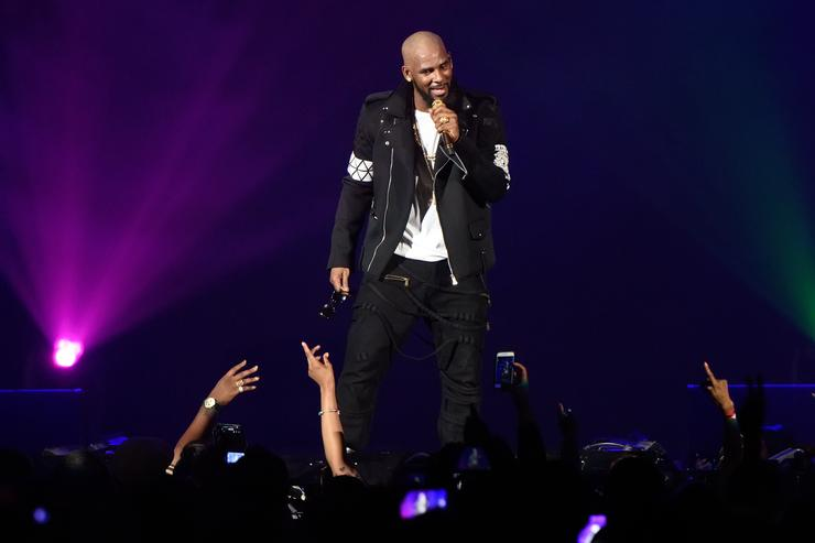 R. Kelly performs during The Buffet Tour at Allstate Arena on May 7, 2016 in Chicago, Illinois