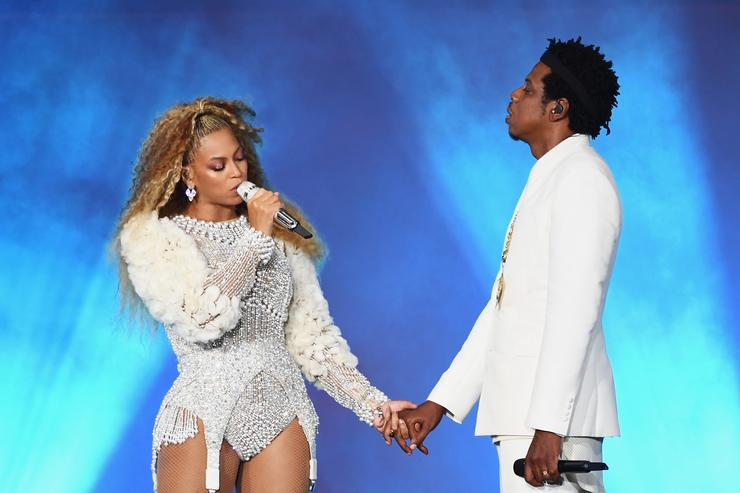 Drunk Fan Invades Stage At Jay-Z And Beyonce Concert