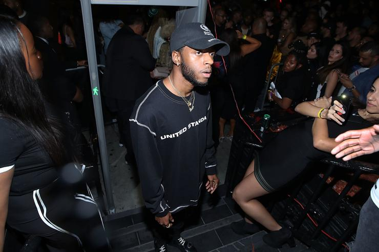 6lack arrives to his Magic City pop up album release party on September 17, 2018 in Los Angeles, California