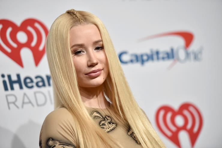 Iggy Azalea poses in the press room during the iHeartRadio Music Festival at T-Mobile Arena on September 21, 2018 in Las Vegas, Nevada